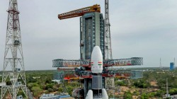 Chandrayaan 2 Get All The Live Updates Of Isro S Historic Moon Mission