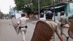 Kankinara Tense Again Local Involved In Rail Aborodh