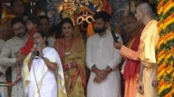 Nusrat Jahan Chants Jai Jagannath Attends Rathayatra Ritual In Kolkata