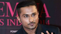 Honey Singh Booked For Vulgar Lyrics In Makhna Song