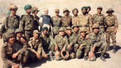 Kargil Vijay Diwas Pm Narendra Modi Posts Throwback Picture