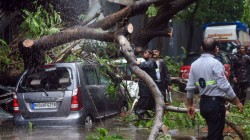 Due To Heavy Rain Fall Wall Collapse In Malad 21 Died Injured