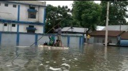 Coochbehar Downpors With Heavy Rain Many Area Submerged With Water