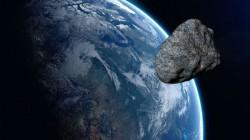Giant Asteroids To Pop Up Near Earth Nasa Keeps Close Eye
