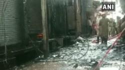 Gandhinagar Market Caught Fire In Delhi 21 Fire Tenders Rushed