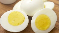 Hotel From Mumbai Charges 2 Eggs For Rs