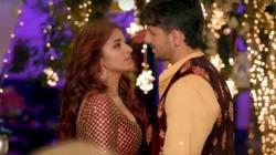 Jabariya Jodi Movie Review Frustrating And Painful To Watch