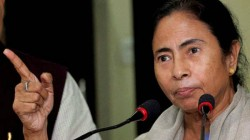 Mamata Banerjee Criticise Pm Modi Govt On Kashmir Issue On World Humanitarian Day