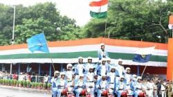 Cm Mamata Banerjee Announces Rs 50 Thousand Reward For Police Team