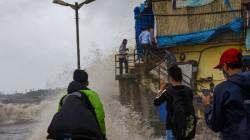 Due To Heavy Rains Bmc Issued Alert For Mumbaikars