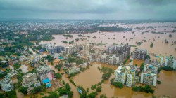 Maharashtra Flood Situation Worsen 2 Lac People Affected