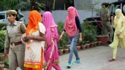 Sex Racket Busted In Kolkata 5 Arrested