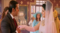 Salman Khan Is Getting Married To Me Says Katrina Looklike Zareen Khan But Here S Why