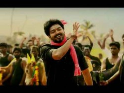 Thalapathy Vijay Gifts Gold Rings To 400 Members Of Film Bigil