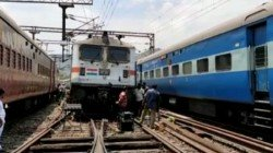 Detachment Of Link Between Engine And Coaches Gave Jitters Passengers Of Visakha Express