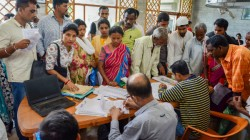 Lakh In Place Of 40 Lakh Excluded From Assam S Nrc Final List