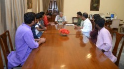 Left Delegation Including Student And Youth Members Meet Governor Jagdeep Dhankar