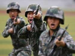 Indian Chinese Soldiers Face Off In Ladakh