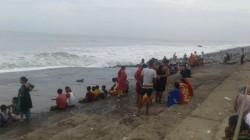 Year Old Boy S Body Found In Digha Beach