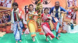 Durga Puja 2019 Tridhara Sammilani S This Year Theme Is Dristikone