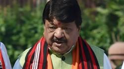 Bjp Leader Kailash Vijayvargiya Told If Cbi Askes Rajeev Kumar Then Half Of The Ministers Name Bwill