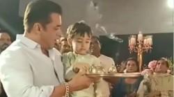 Salman Khan Dances At Ganapati Visarjan 2019 See Viral Videos