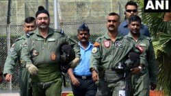 Moustach Has Changed But Self Style And Confidence Is Same Twitter Hails Abhinandan Varthman