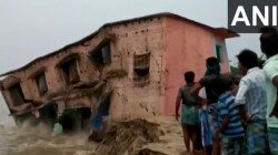 Bihar And Up Rain Update Videos Of House Collapse Goes Viral