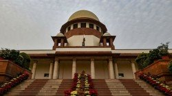 Supreme Court Orders To Reply About Aadhar Link With Social Media
