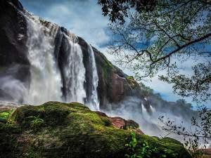(ছবি) ভারতের সবচেয়ে রূপসী জলপ্রপাত 'আথিরাপল্লি'