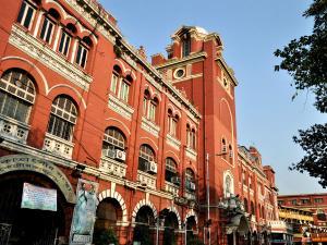 (Live) পুর নির্বাচন: বিক্ষিপ্ত অশান্তির মাঝেই চলছে ভোটগ্রহণ