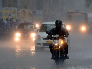 কম্পনের পর কলকাতায় বৃষ্টি, 'আফটার শক' থাকবে আরও ৩-৪ দিন