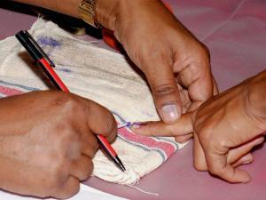 অমিল ভোটার, কড়া নিরাপত্তায় বিধাননগরে শুরু পুনর্নির্বাচন