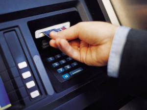 Atm Withdrawal Limit Hiked Rs 10 000 Day Rbi