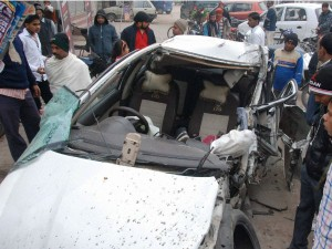 A Terrible Road Accident 6 Are Dead Including 4 Student