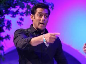 Bigg Boss 10 Salman Khan Finally Reacts Swami Om S Behaviou Outside The House