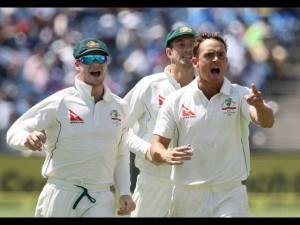 India Vs Australi 1st Test Team Kohli Bundled At 105 Runs
