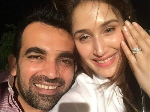 Sagarika Ghatge Engaged Cricketer Zaheer Khan But What Have Done By Anil Kumble Hillarious