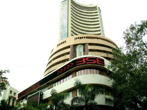 Sensex Closes Above 32 000 Mark First Time Nifty Rallies Too