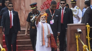 LIVE স্বাধীনতা দিবস: করোনা আবহে একেবারে ভিন্ন চিত্র দেশজুড়ে