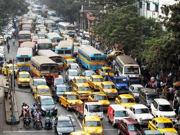 কেন্দ্র, সিবিআইয়ের বিরুদ্ধে আজ পথে মমতা, অচল হবে কলকাতা