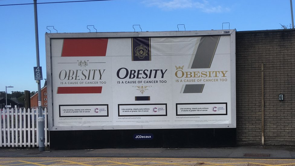 Billboard showing obesity risk